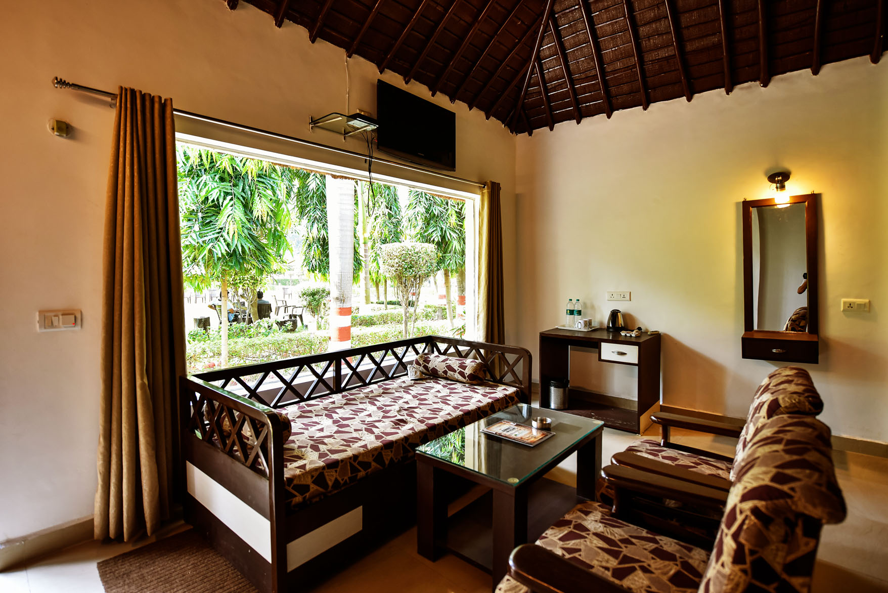 luxury room hotels in jim corbett ramnagar