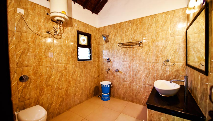 luxury resort room swimming pool in jim corbett